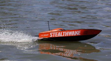 "Stealthwake 23"" Brushed Deep-V RTR"