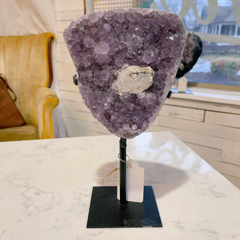 amethyst geode on base {small}