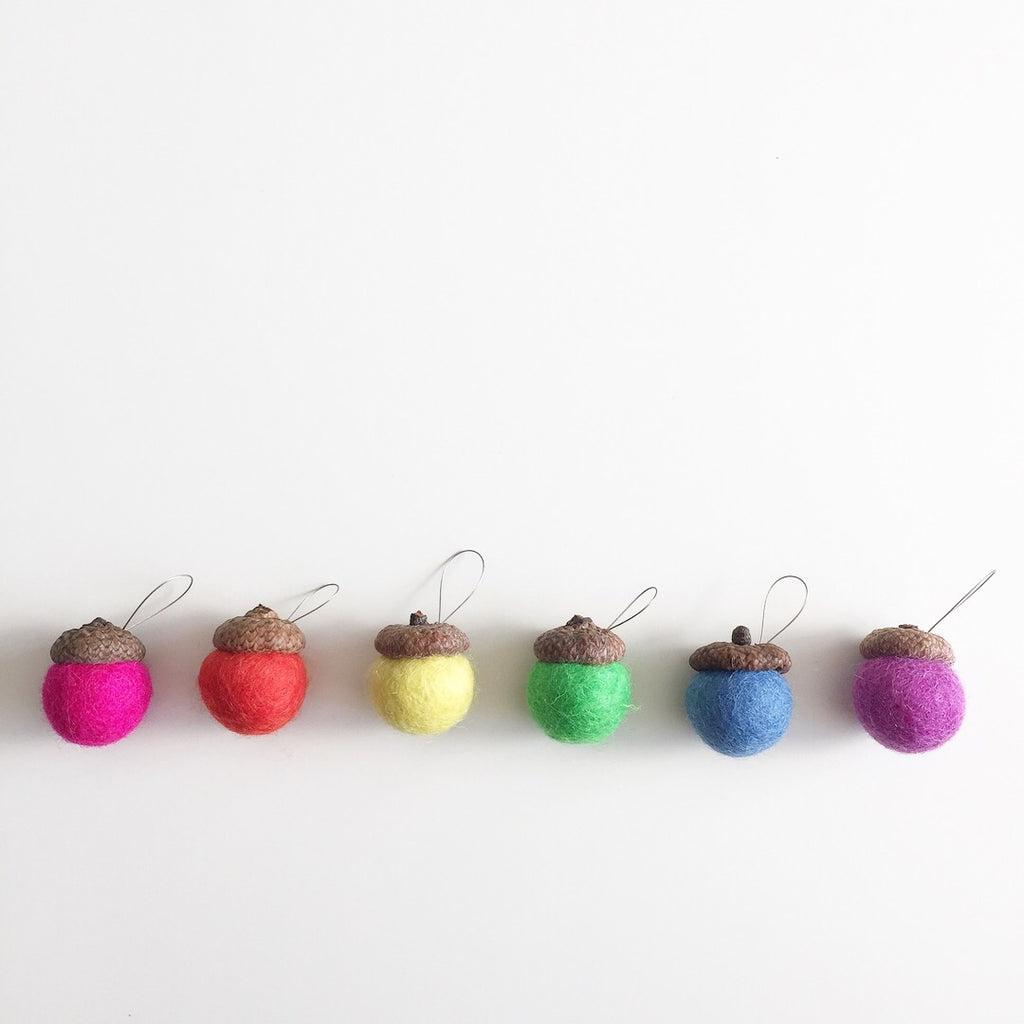 Rainbow Acorn Diffusers with Loops