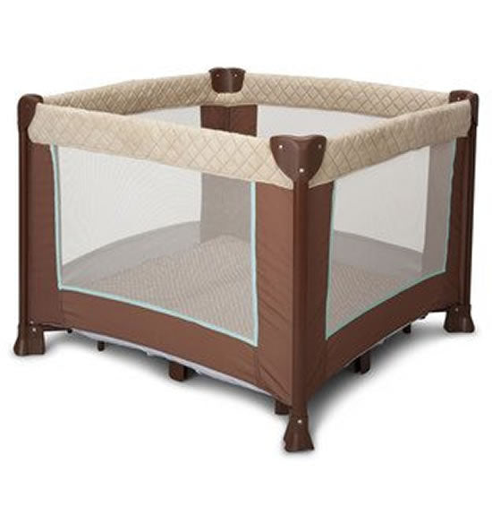 Delta Children's Products Elite Comfort Playard, Sandy Cove