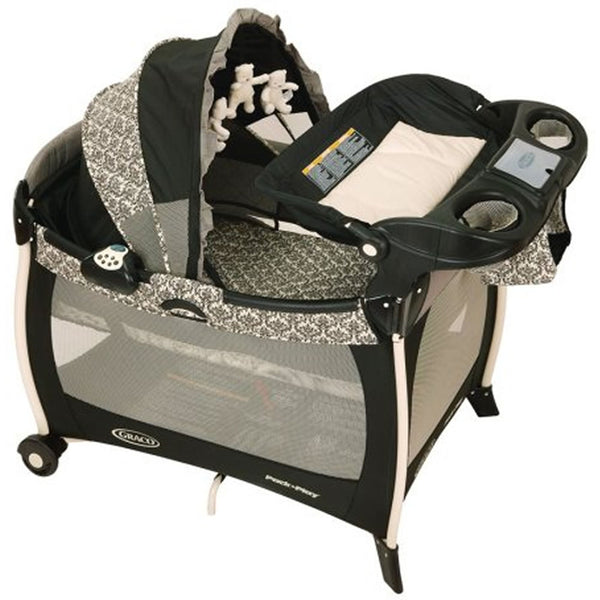 Graco Silhouette Play Playard with Bassinet and Changer, Rittenhouse
