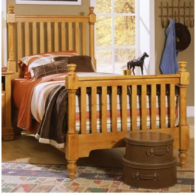 Vaughan Bassett Furniture Cottage Twin Slat Poster Bed - Honey