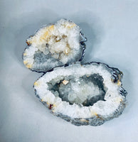 "2 Pieces Agate ""Brain"" Geode"