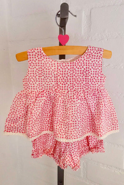 "2-Piece Baby Girl Clothes ""Pink Mosaic"""