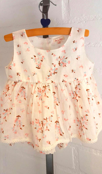 "2-Piece Baby Girl Clothes ""Flowers"""