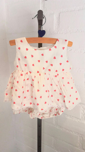 "2-Piece Baby Girl Clothes ""Hearts"""