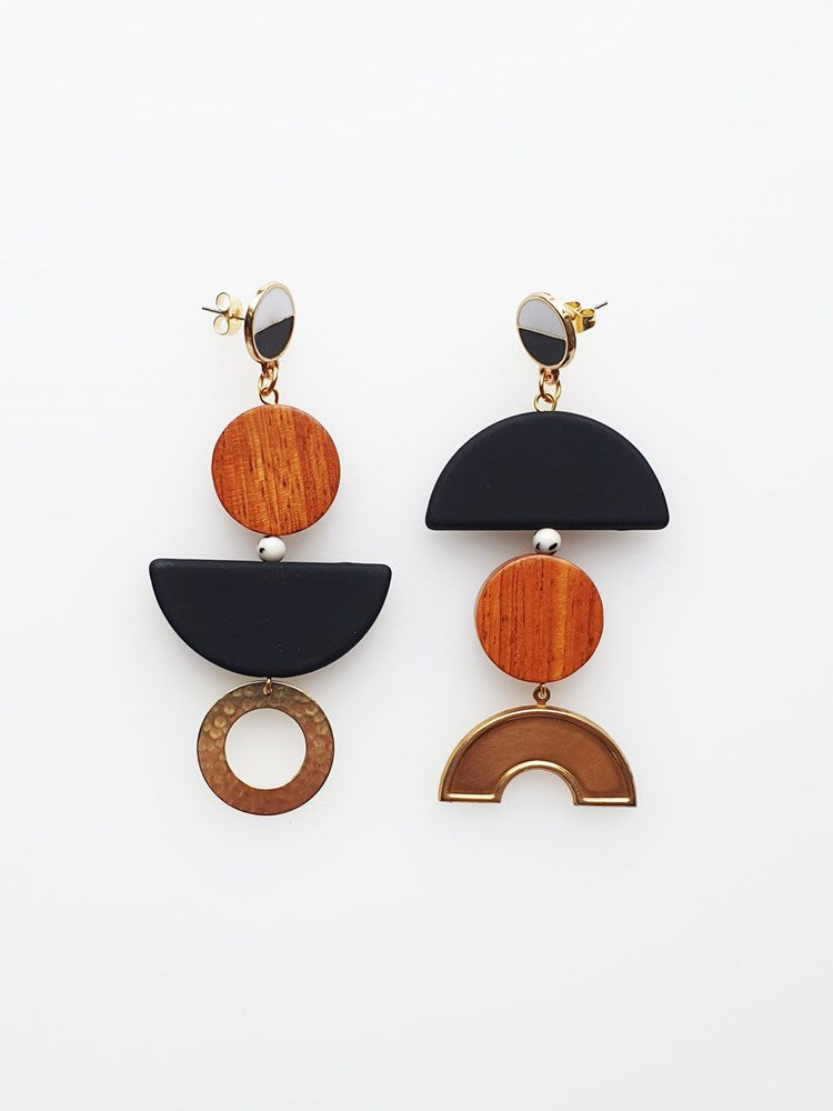 Meet Cute Earrings - Black