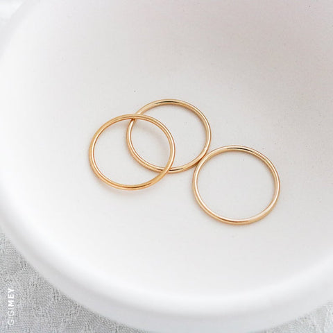 Stacking Ring Set of Three Thin Plain Midi Ring • RS1x3