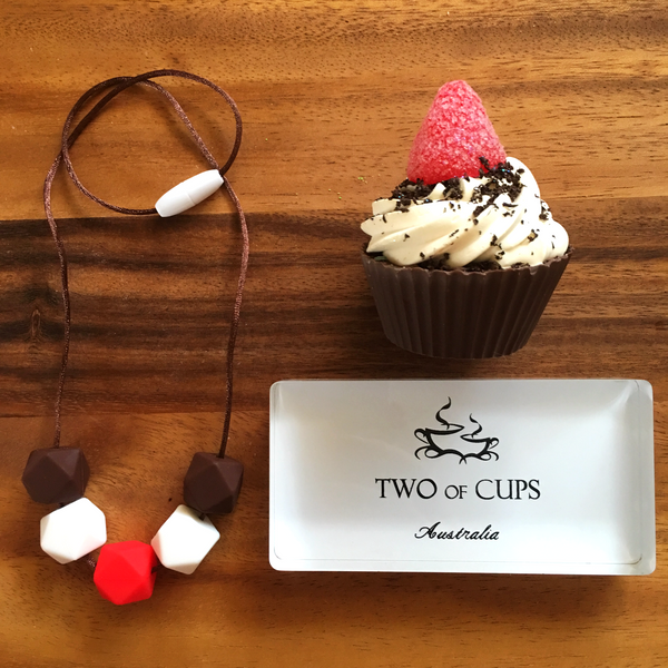 TWO of CUPs Magic Ruby - Necklace / Necklace & Cupcake giftset