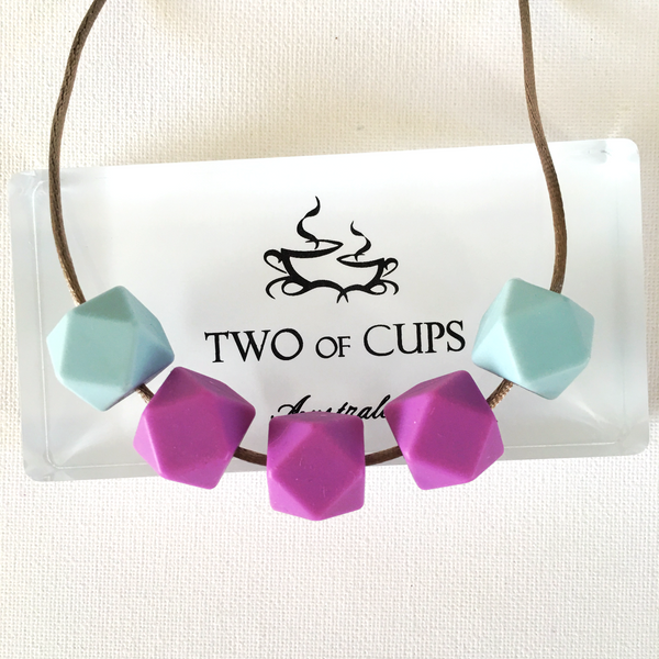 TWO of CUPs Unforgettable -  Necklace / Necklace & Cupcake giftset