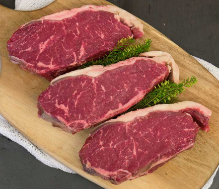 Chilled Angus Beef Sirloin (Striploin) Steak, (2 pce pack of 500-550g), price/pack