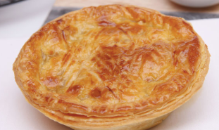 Cheese, Onion & Beer Pie, 230g, frozen