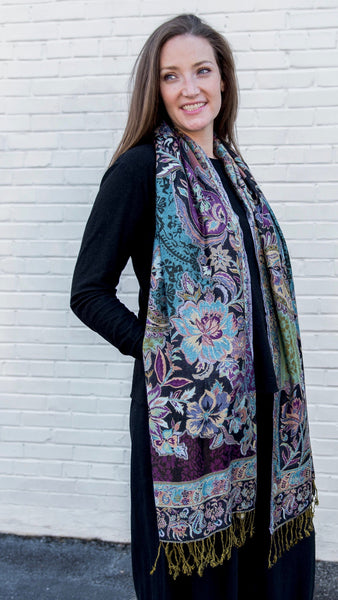 Antique Paisley Pattern Scarf