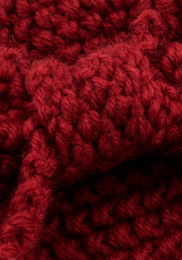 Knitted Burgundy Neulepanta