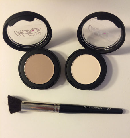 Contour Kit- Special Price (contour, highlighter and brush)