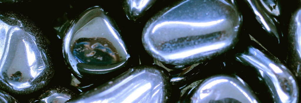 Hematite Crystals for Focus