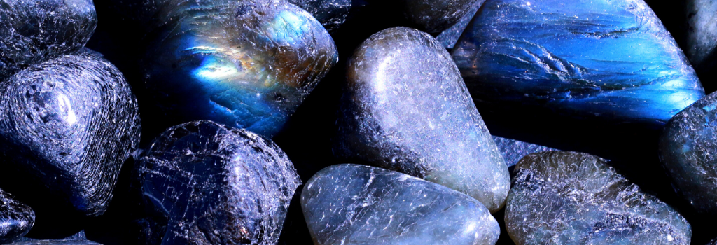 Labradorite Crystals for Sleep