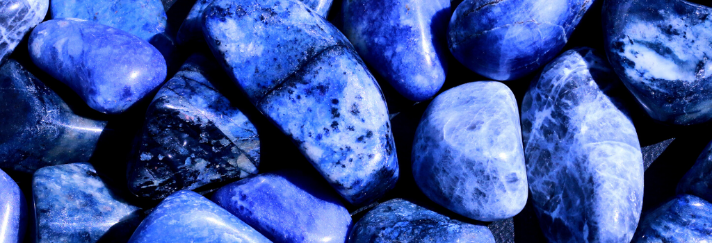 Sodalite Crystals for Stress Relief