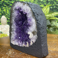 """ALL ABOUT THAT FACE"" High Quality Amethyst Geode Cathedral 6.00 Brazil Crystal NS-278"