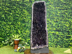 """BIG BOY"" Tall Amethyst Geode High Quality 33.00 Brazil Dark Purple NS-409"