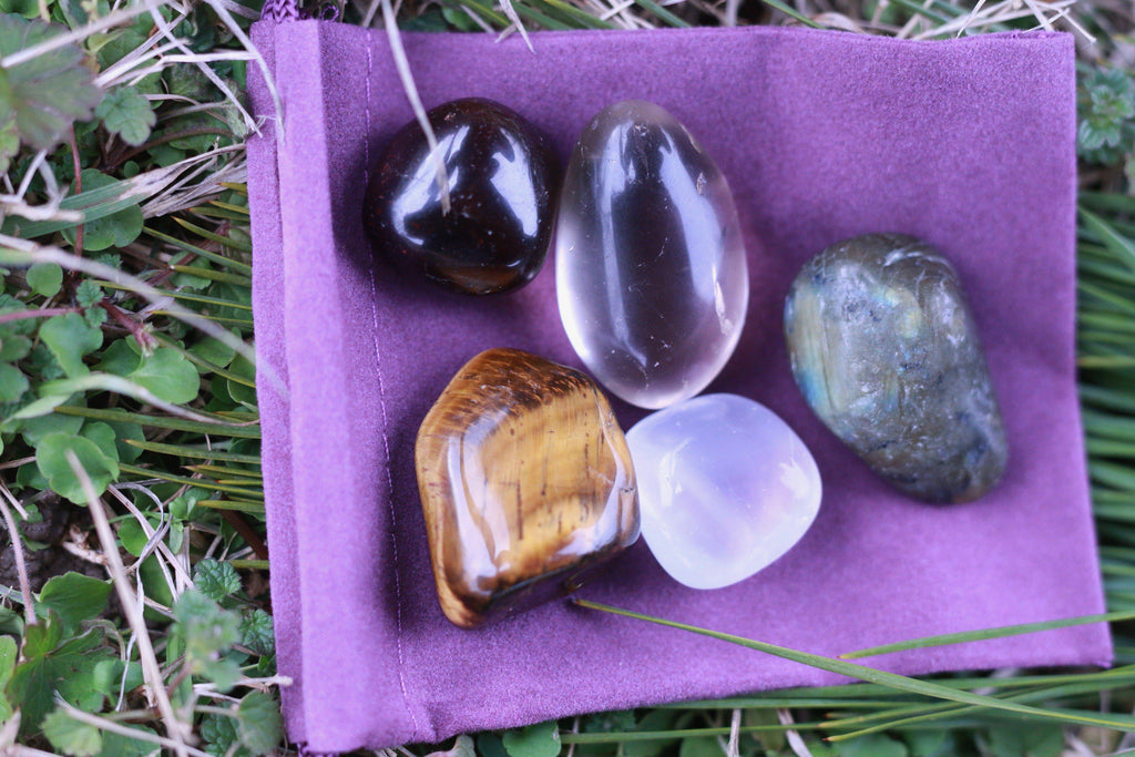 Healing Stones for Wealth and Prosperity