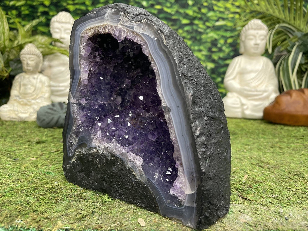 Amethyst Geode Crystal 8.50 Church Cathedral AA-53