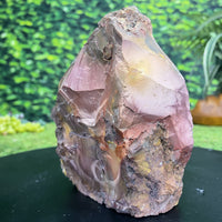 Uruguayan High Quality w Stand 18.00 Rare Mineral CC-104s