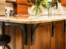 Load image into Gallery viewer, Customer image using Station Grandé brackets as corbels for their counter top