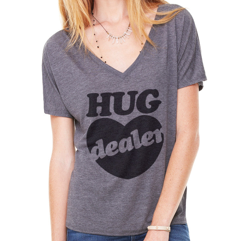 Hug Dealer Deep V