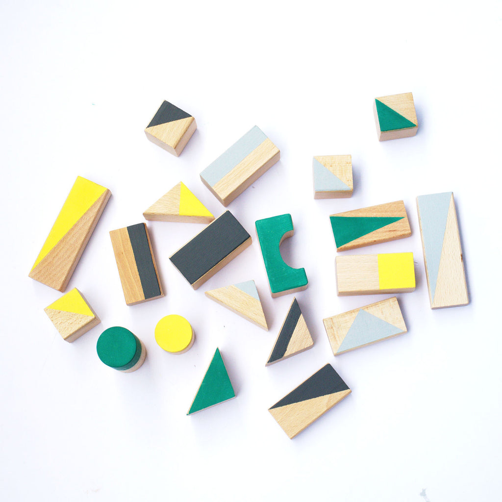 Wooden building blocks - Autumn colours - 24 pieces - Happy Little Folks