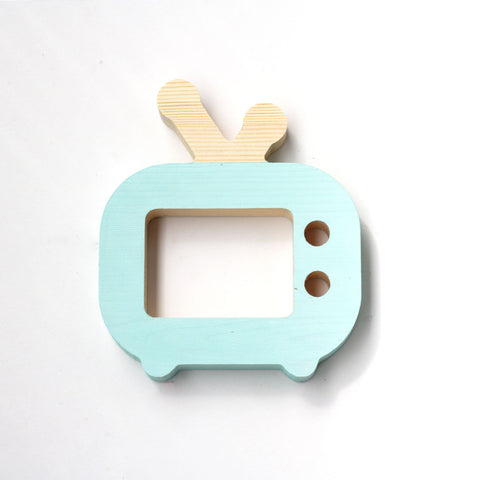 Mini wooden TV - happylittlefolks - 1