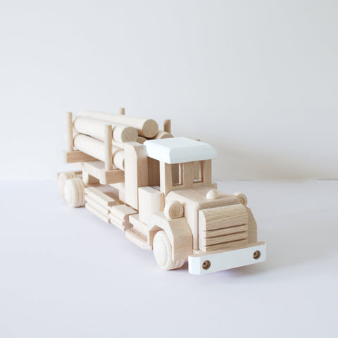 Wooden log truck 1 - happylittlefolks - 1