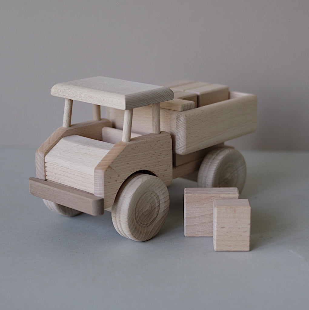 Wooden truck with blocks - Luxe edition - Happy Little Folks