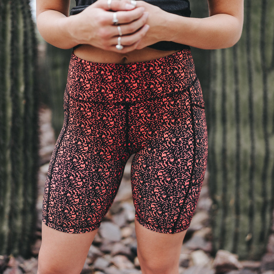 High Waisted Rio Shorts (7 in. inseam) - Electric Maze