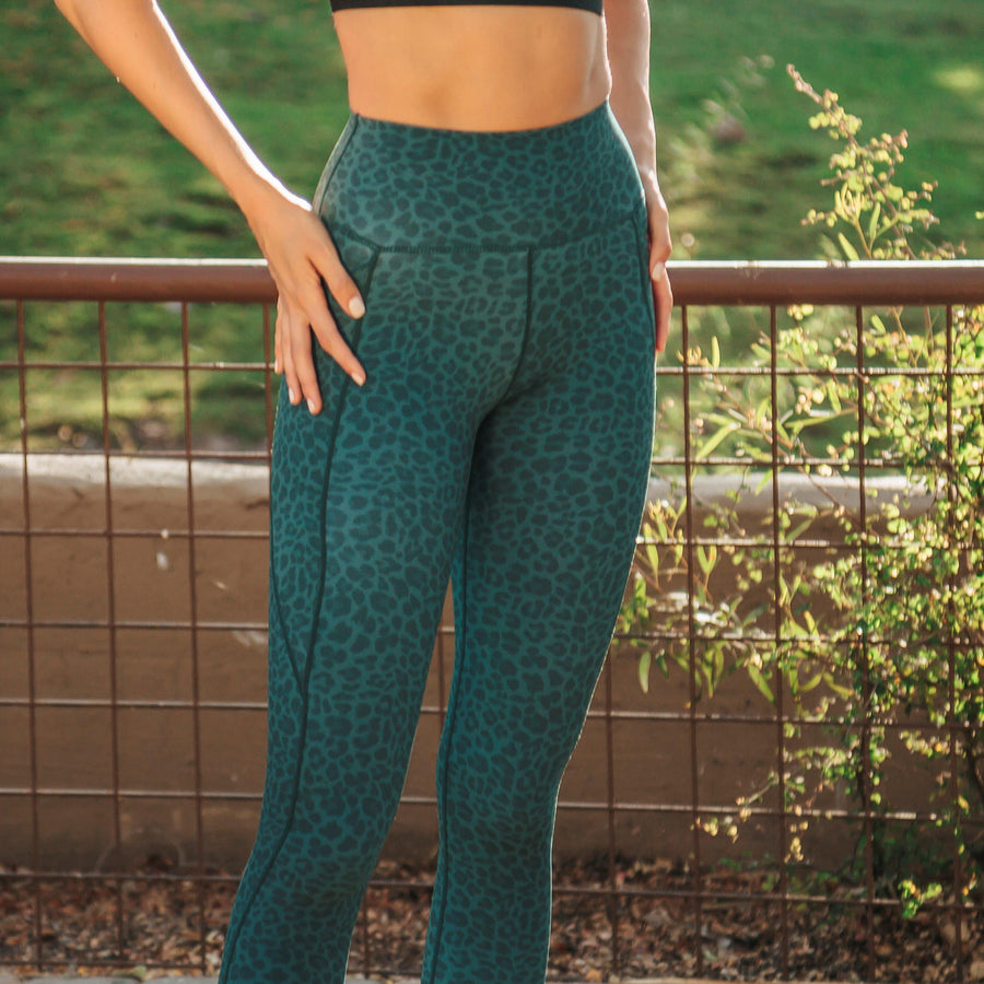 Lux Epic 7/8 Capris - Cheetah
