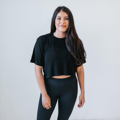 Easy Tee - Black - Senita Athletics