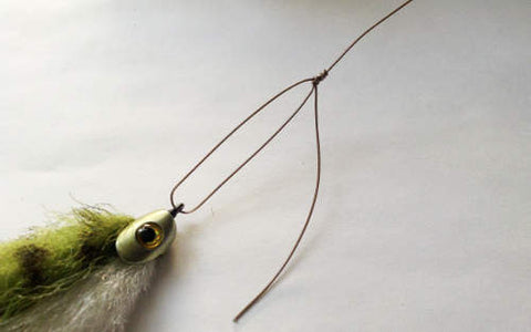 Pike fly fishing wire tippet to fly connection
