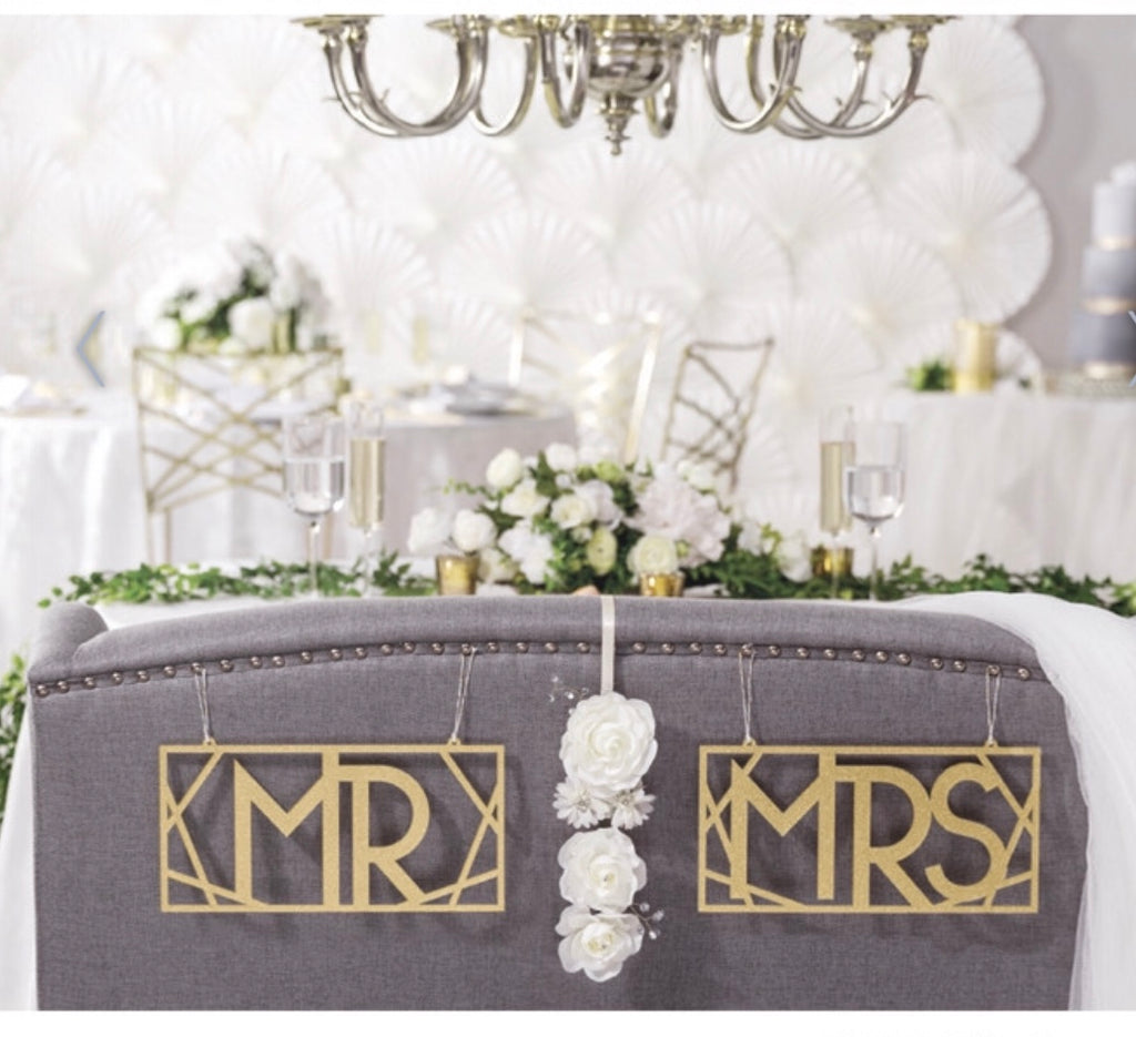 Mr. and Mrs Gold Chair Signs - Knot and Nest Designs