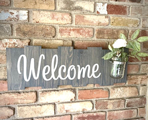Rustic Welcome Sign with Mason Jar