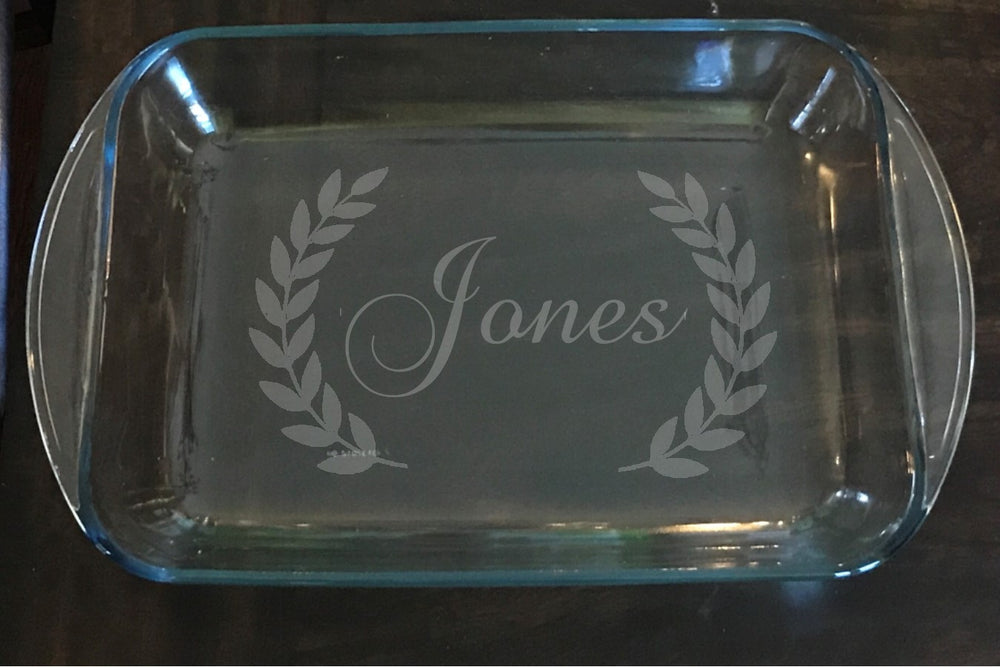 Gift Personalized Glass baking dish - Knot and Nest Designs