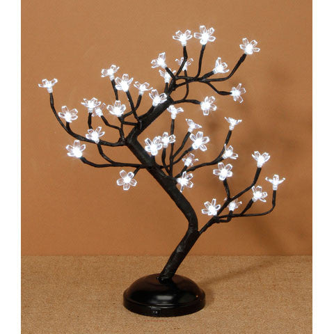 Lighted tree with flowers