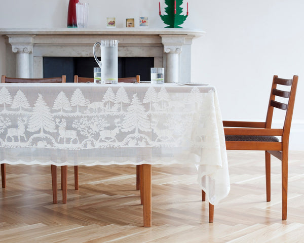 Christmas Moose Holiday Scottish Lace Tablecloths and Table Runner