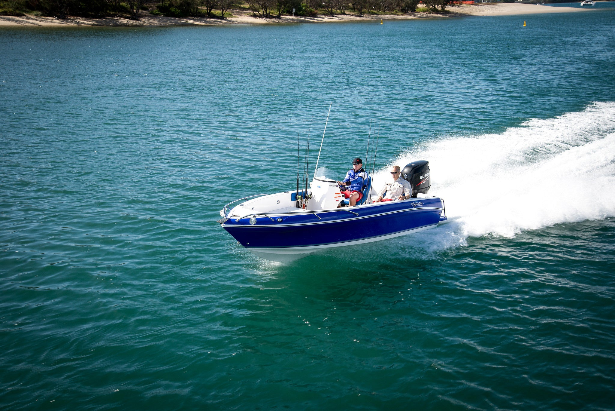 Haines Signature 543sf Side Console Good Times Marine