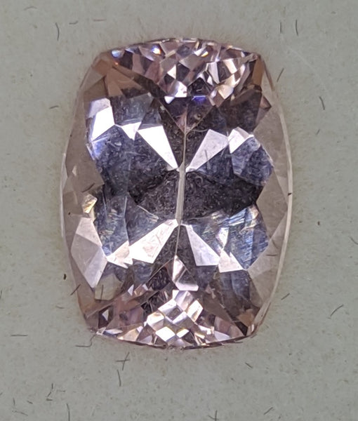 2.54ct Cushion cut Morganite