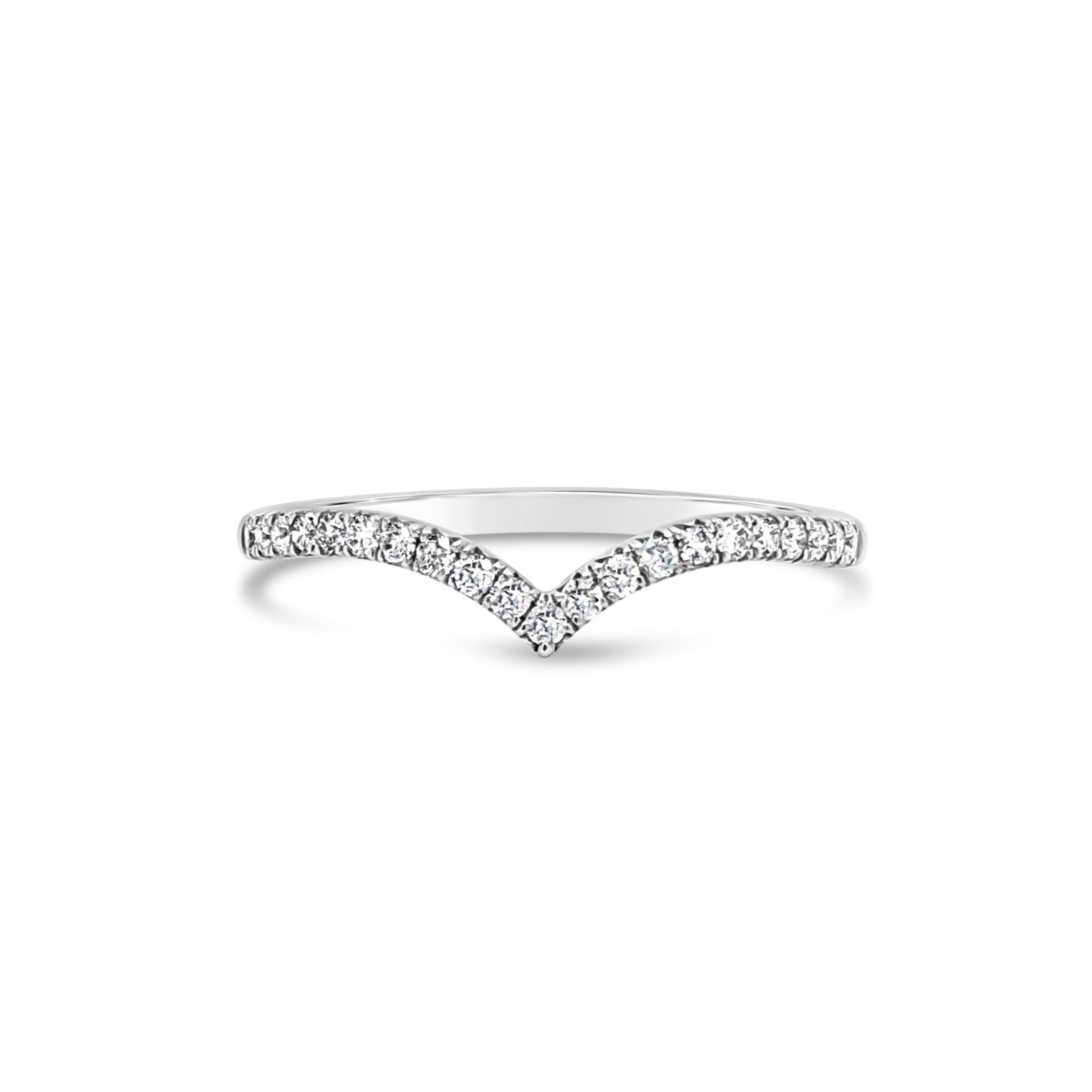18ct white gold V style curved fitted band