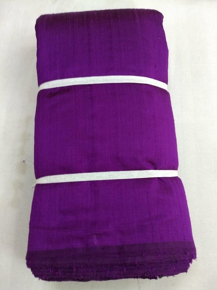 Dual tone dupion pure raw silk 100 grams - BLACK AND MAGENTA COLOUR