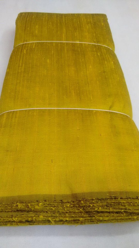 Dual tone dupion pure raw silk 100 grams - BLACK AND GOLD COLOUR