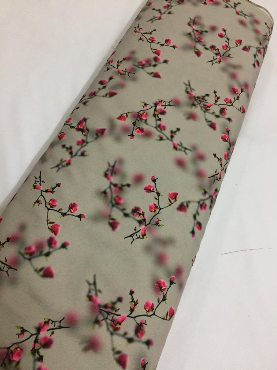 Printed crepe fabric (1.10 metres cut)