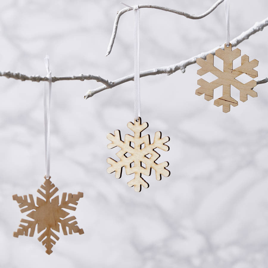 amscan itm decor l d decorations white cm string christmas snowflake