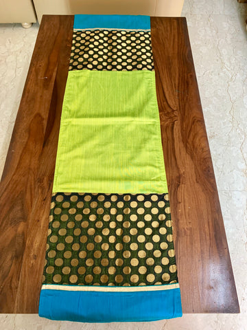 6 seater Table Runner: Medley